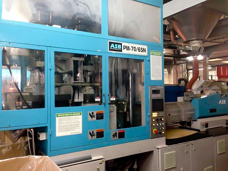 Máquina de moldeo de preformas NISSEI PM-70/65N (2008) id4524