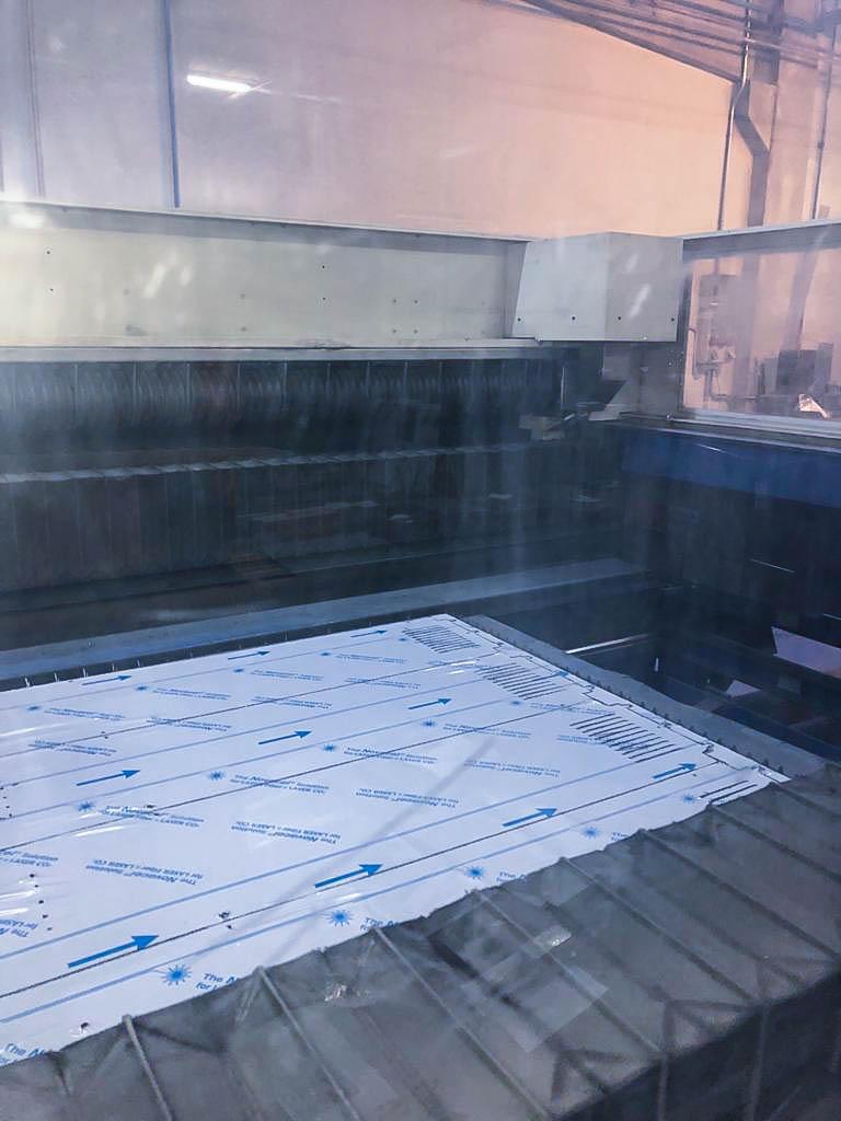 Máquina de corte láser (CO2) TRUMPF TRUMATIC L3030 (2006) id10183