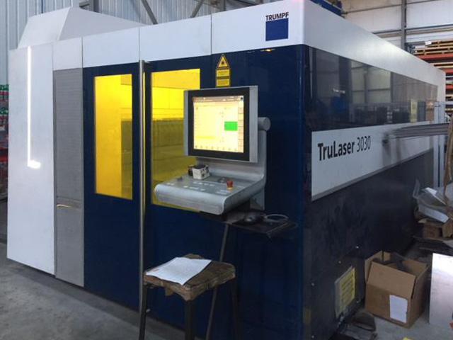 TRUMPF TruLaser 3030 Laser cutting machine (Fiber) (2015) id10242