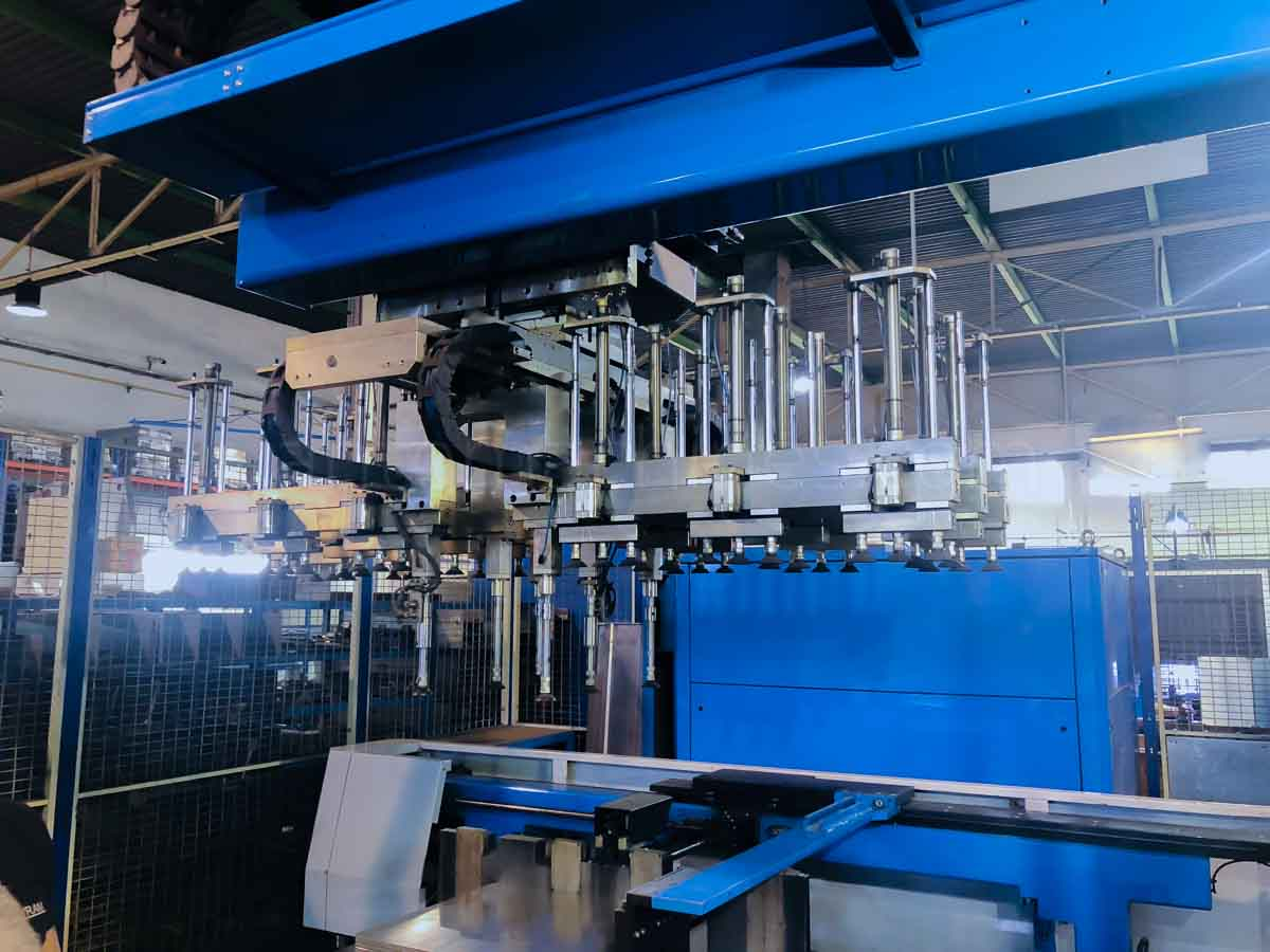 Paneladora automática CNC FINN POWER EB5 200 (2003) id10104