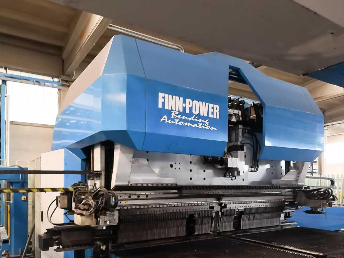 Paneladora automática CNC FINN POWER EB5 200 (2000) id10194