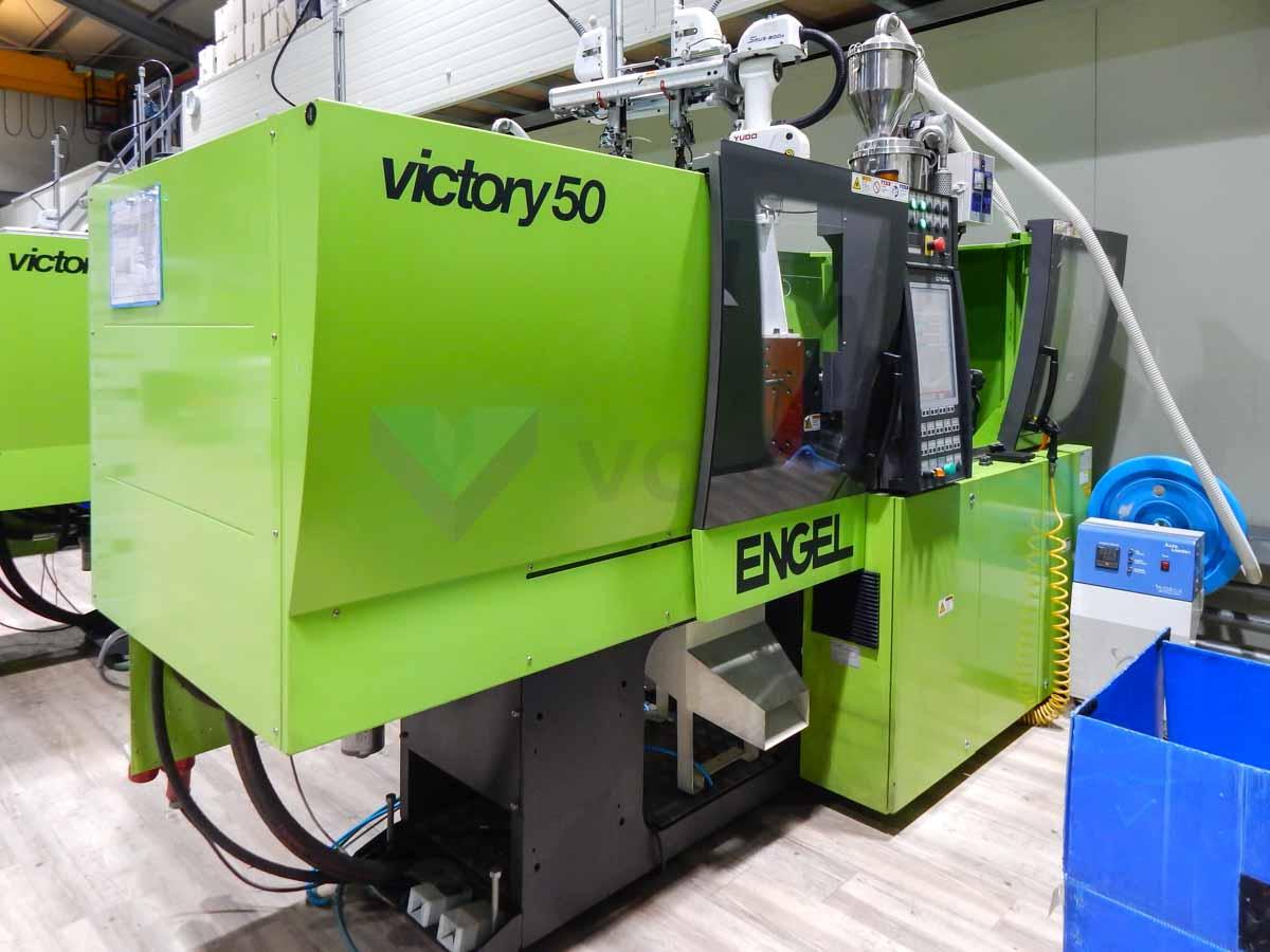 Máquina de moldeo por inyección de 50t ENGEL VICTORY VC 200 / 50 TECH PRO (2012) id10109