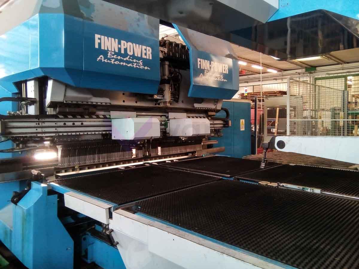 Paneladora automática CNC FINN POWER EB5 200 (2002) id10162