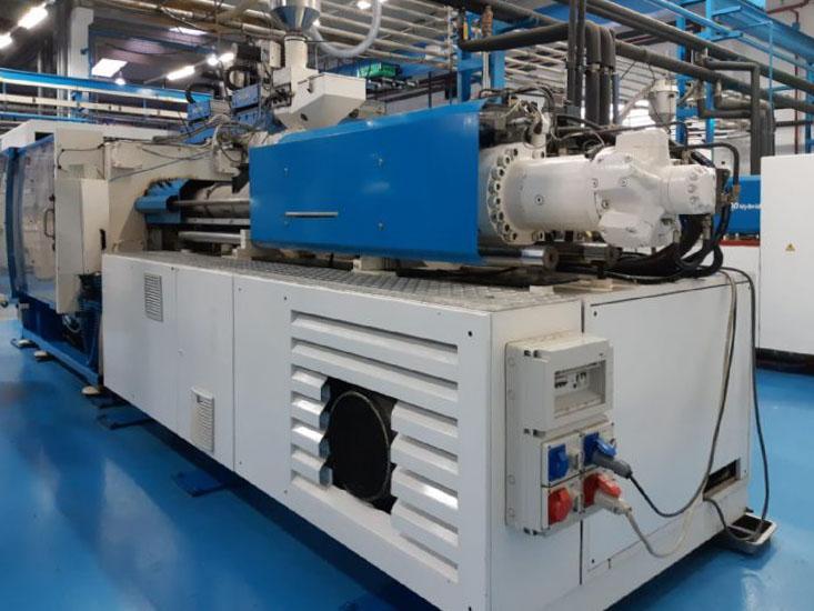 Machine de moulage par injection 380t BMB KW 38 PI / 2200 (2001) id10238